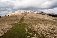 Collina di Ploska in montagne di Velka Fatra in Slovacchia Fotografia Stock