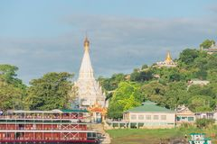Collina di Sagaing, regione di Mandalay, Myanmar immagini stock