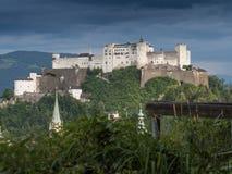 Collina Hohensalzburg forte a Salisburgo Fotografia Stock