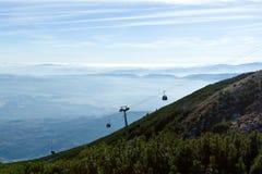 Collina rocciosa del Tarn, alto Tatras, Slovacchia Fotografie Stock