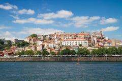 Colline avec la vieille ville de Porto, Portugal Image libre de droits