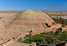 Colline de roche de désert, Ait Ben Haddou, Maroc Images libres de droits
