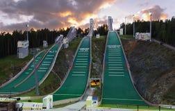 Colline de sauter de ski photo stock