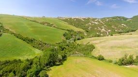Colline della campagna della Toscana, vista aerea sbalorditiva in primavera Fotografie Stock Libere da Diritti