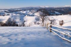 Colline della montagna di inverno Immagini Stock Libere da Diritti