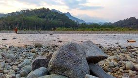 Colline e fiume Immagini Stock