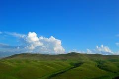 Colline e montagne Immagini Stock