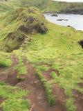 Colline rocheuse au-dessus de la mer Photo libre de droits