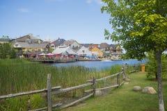 COLLINGWOOD, ΕΠΑΝΩ, ΚΑΝΑΔΑΣ - 19 ΙΟΥΛΊΟΥ 2017: Άποψη της κατοικίας και του RES Στοκ εικόνα με δικαίωμα ελεύθερης χρήσης