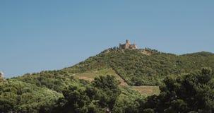 Collioure, Γαλλία Οχυρό Άγιος Elme στην ηλιόλουστη ημέρα ανοίξεων Το παλαιό μεσαιωνικό φρούριο Άγιος -Άγιος-elme είναι ένα στρατι φιλμ μικρού μήκους