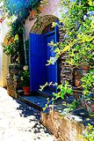 collioure, Colliure, небольшая французская деревня с крепостью в солнечном дне лета стоковое фото