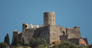 Collioure, Francja Fort Świątobliwy Elme W Pogodnym wiosna dniu Stary Średniowieczny Forteczny święty Jest Militarnym fortem zbiory wideo