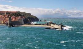 Collioure, middeleeuwse vestingsmuren, Frankrijk Stock Fotografie
