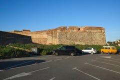 Collioure, paredes medievales de la fortaleza, Languedoc-Rosell?n, Francia fotos de archivo