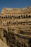 Colliseum pokazuje powierzchnia korytarze zdjęcia royalty free
