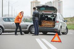 Collision d'accident de voiture dans la ville Images stock