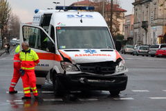 Collision frontale d'ambulance Photographie stock libre de droits