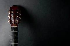 Collo di una chitarra acustica Immagine Stock