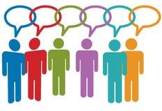 Colloquio sociale della gente di media nei collegamenti della bolla di discorso Fotografia Stock