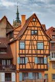Colmar Τα παλαιά μισό-εφοδιασμένα με ξύλα σπίτια στοκ εικόνα