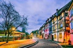 Colmar, Alsacia, Francia - poca Venecia imagenes de archivo