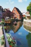Colmar Frankrike: det Petit Venedig området Arkivbild