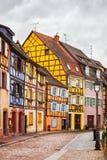 Colmar, petite Venise, rue, lampe et maisons traditionnelles Alsac Photographie stock libre de droits