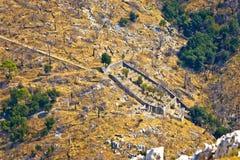 Colmenar de piedra en el barranco de Pustinja Blaca Fotos de archivo