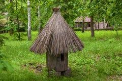 Colmenas viejas hechas de la madera Imagen de archivo libre de regalías
