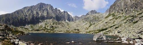 Colmo en las montañas fotos de archivo libres de regalías