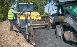 Colocação do caminhão do pavimento fotos de stock royalty free