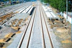 Colocación de pistas de ferrocarril Foto de archivo libre de regalías