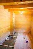 Colocación del piso de madera Fotografía de archivo