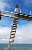 Colocación en un puente Imagen de archivo libre de regalías