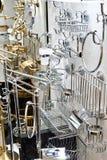 Colocaciones y accesorios del cuarto de baño en tienda Foto de archivo