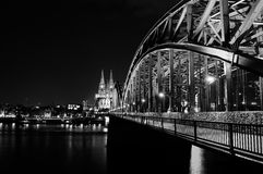 cologne собора моста hohenzollern Стоковая Фотография