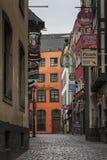 COLOGNE, ALLEMAGNE - 17 SEPTEMBRE 2016 : Vue de rue de Salzgasse au centre de la ville de Cologne photographie stock libre de droits