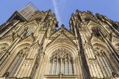 Cologne domkyrka i Cologne, Tyskland Detaljer av fasaden royaltyfri bild