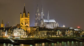 Cologne la nuit photo stock