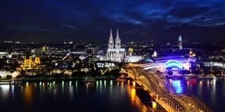 Cologne på natten Royaltyfri Fotografi