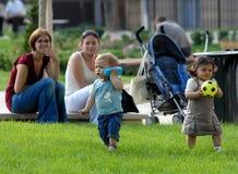 Colombes 1 d'Enfants Image libre de droits
