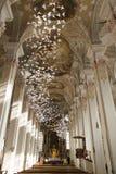 Colombes de papier dans l'église du Saint-Esprit Munich Images stock