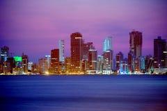 colombia Cartagena De stad bij nacht Royalty-vrije Stock Fotografie