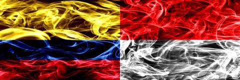 Colombia versus Indonesië, Indonesische zij aan zij geplaatste rookvlaggen Dik gekleurde zijdeachtige rookvlaggen van Columbiaans stock illustratie