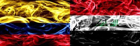 Colombia versus Irak, Iraakse zij aan zij geplaatste rookvlaggen Dik gekleurde zijdeachtige Iraakse rookvlaggen van Columbiaans e vector illustratie