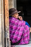 Colombiansk infödd kvinna i duitama royaltyfri fotografi