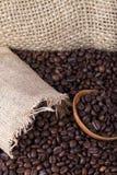 Colombianskt grillat kaffe i massa arkivbild