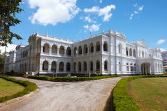 Colombo Sri Lanka - 11 Februari 2017: Det nationella museet av Colombo har en rik samling av asiatiska konster Royaltyfria Bilder