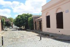 Colonia, calle vieja de Uruguay fotografía de archivo