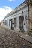 Colonia, de oude straat van Uruguay royalty-vrije stock afbeelding